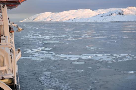 La mer de Barents commence à geler