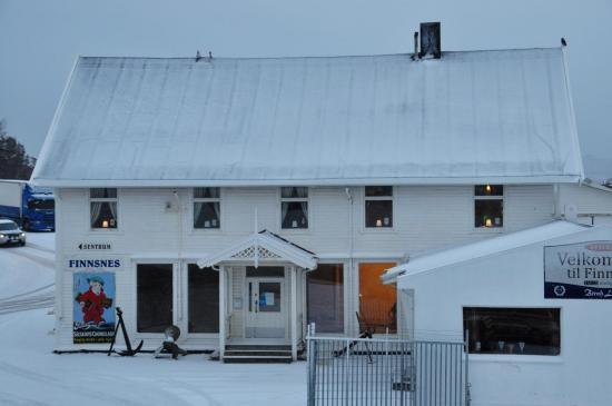 Escale fret / passagers à Finnsnes