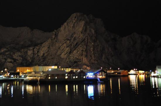217 Les îles Lofoten, le port de Svolvær