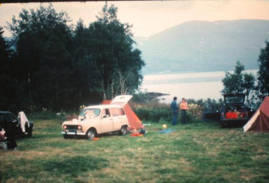 1979, Camping au bord d'un lac