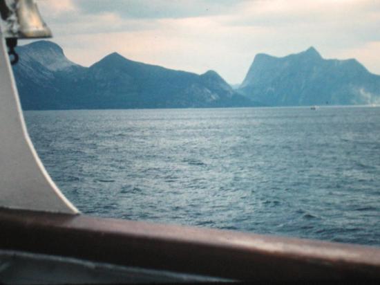 1979, Un tour en ferry